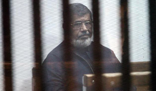 """""""Batı ülkeleri Mısır'da hiçbir şey olmamış gibi davranıyor"""""""