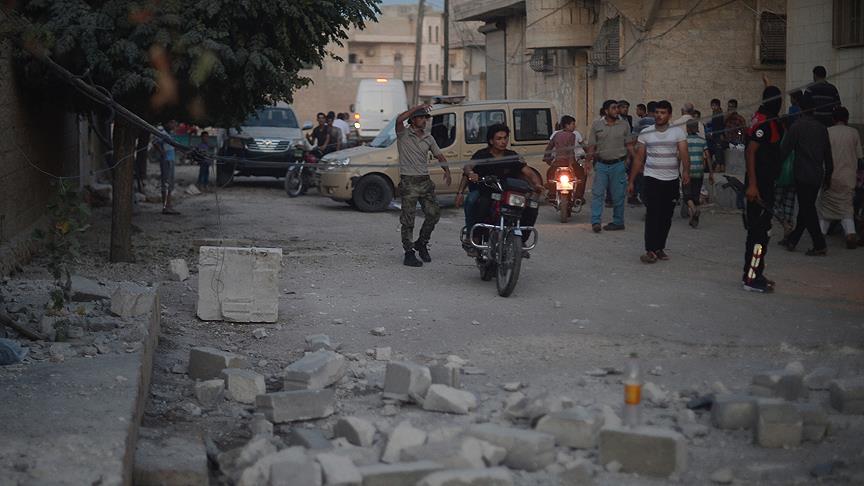 PYD, Azez'deki sivilleri hedef aldı