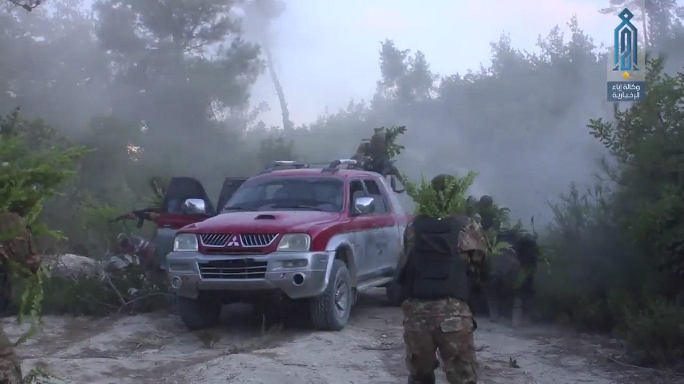 HTŞ özel kuvvetleri Lazkiye'de eğitimde