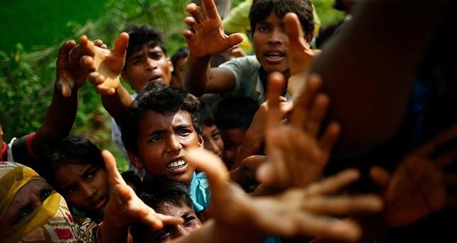 Soykırımdan kaçan Arakanlı Müslümanların sayısı 90 bine yaklaştı