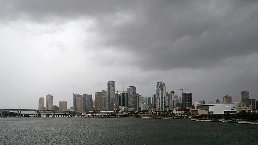 Irma Kasırgası Florida'ya ulaştı: 6 milyon kişi tahliye edildi