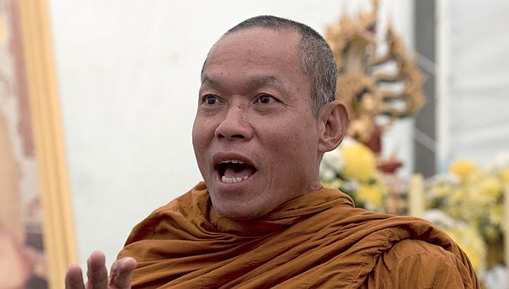 Tayland'da İslam karşıtı Budist rahibe gözaltı