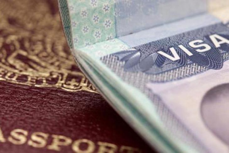 ABD Türkiye'nin vize başvurularını durdurdu