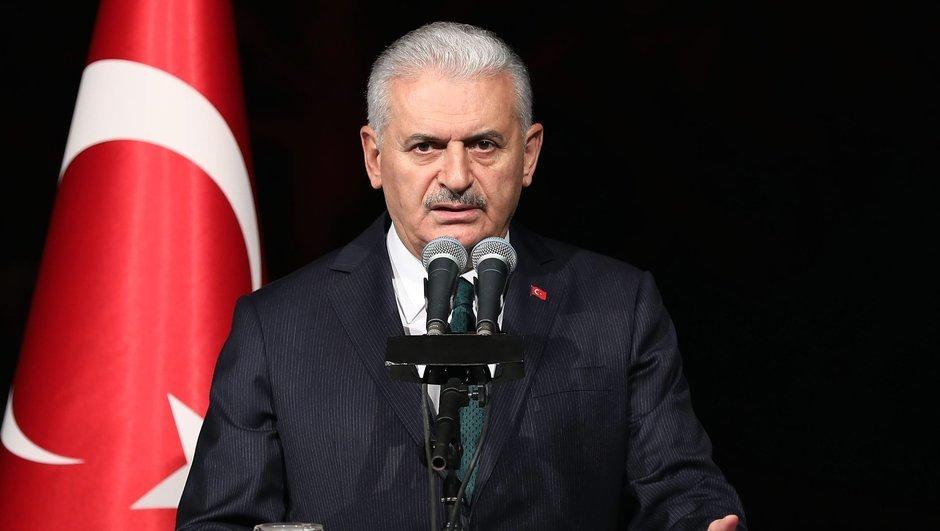 Başbakan'dan sert vize tepkisi: Türkiye'nin yüzde 80'i ABD'yi sevmiyor