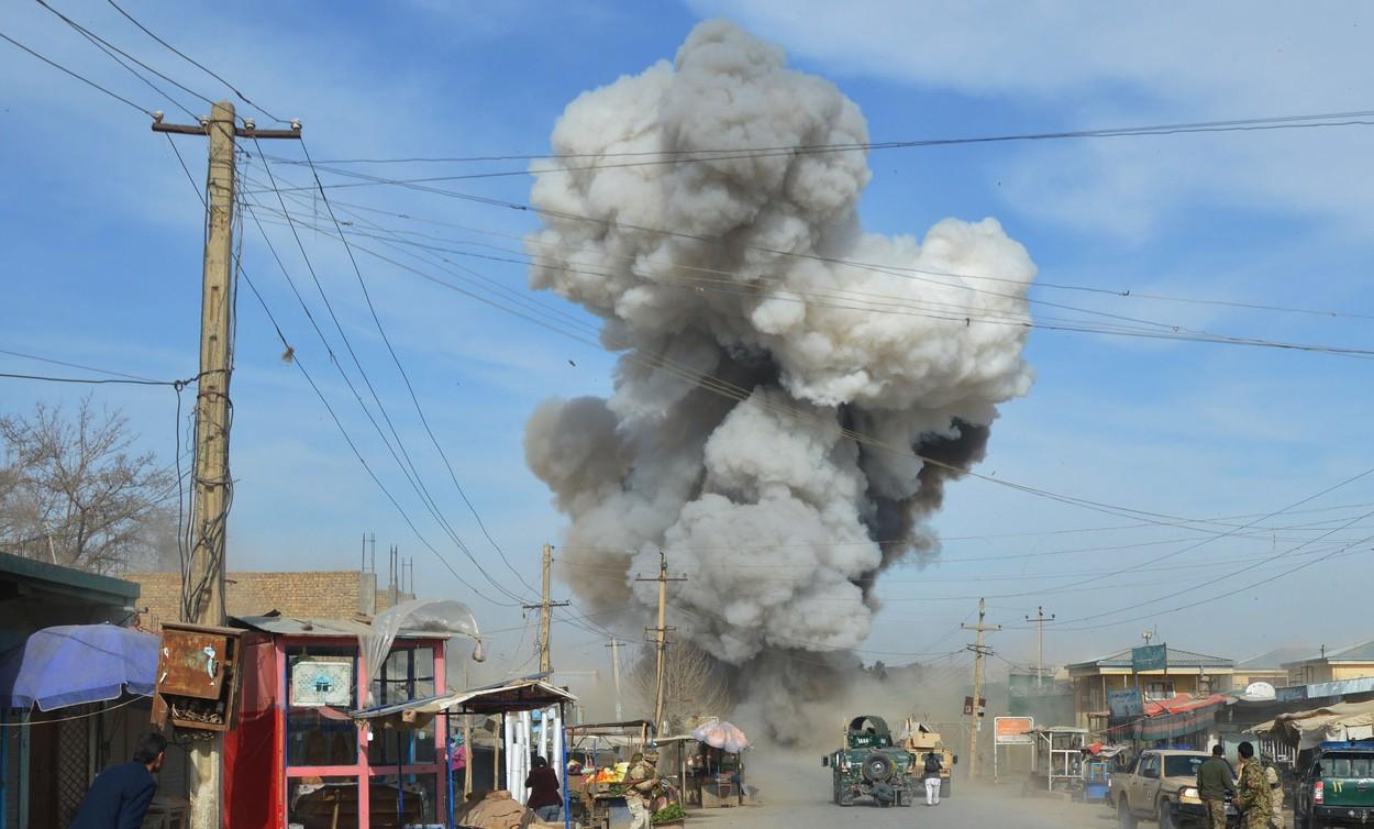 Taliban'dan ülkenin güneyinde bombalı saldırı: En az 41 asker öldü
