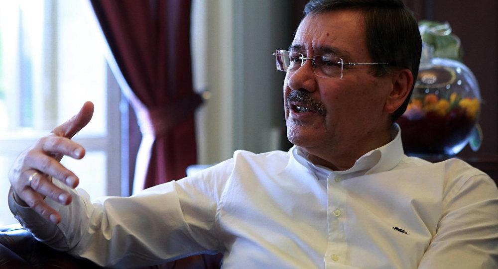 """""""AK Parti'de üç başkan istifaya karşı direniyor"""""""
