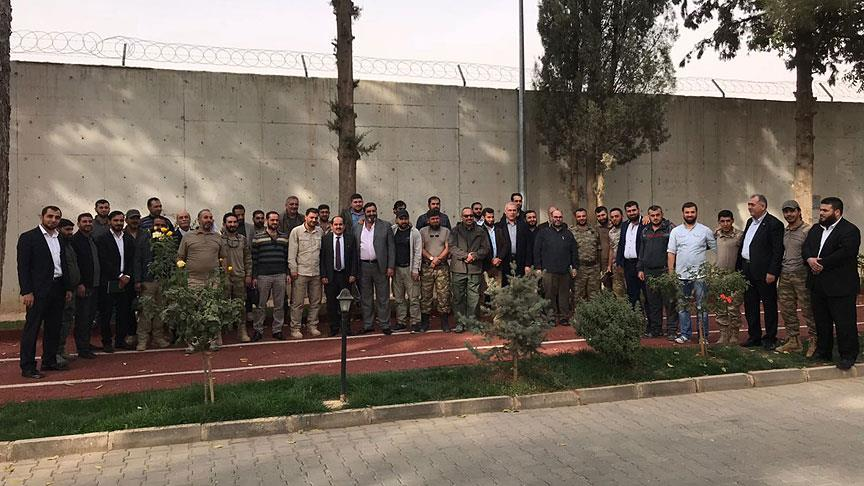 Fırat Kalkanı grupları 'sınır kapısında' anlaştı