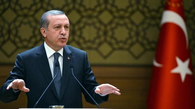 Erdoğan'dan ABD'ye FETÖ eleştirisi: Kime yutturuyorsunuz?