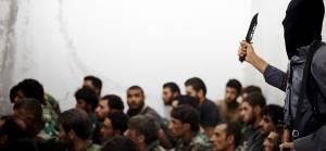 'IŞİD Suriye'de onlarca rejim askerini esir aldı'