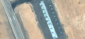 Mısır'ın Libya sınırına gönderdiği savaş uçakları görüntülendi