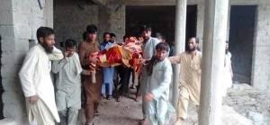 Pakistan ordusu Afganistan'da sivil yerleşimleri vurdu: 6 ölü