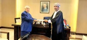 Umman 8 yıl sonra Şam'a büyükelçi atadı