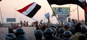 Basra'da elektrik krizi halk isyanına dönüşüyor