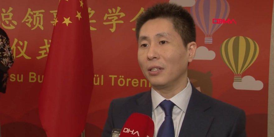Çin İstanbul Başkonsolosu: Uygurların beyinleri hastalıklı tedavi ediyoruz