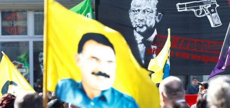 Erdoğan karşıtı 'silahlı' pankarta soruşturma